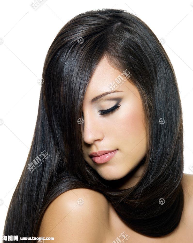 黑色头发美女