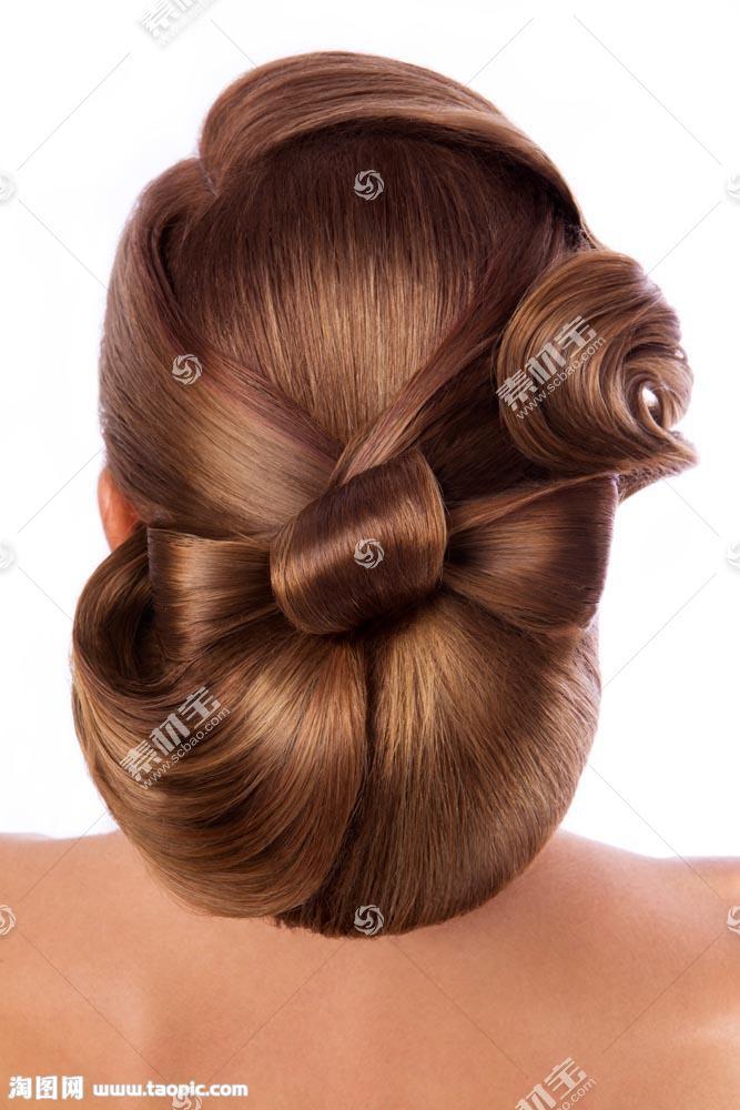 发型模特背影