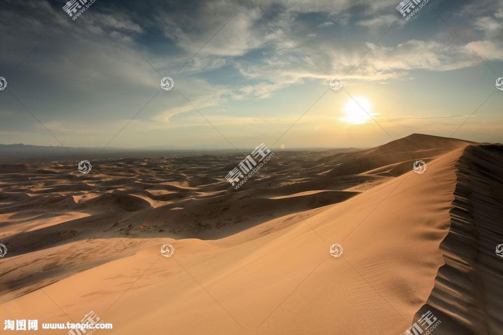 天空阳光沙丘摄影